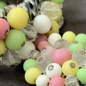 Vintage 60s beaded bracelet earrings set clip on